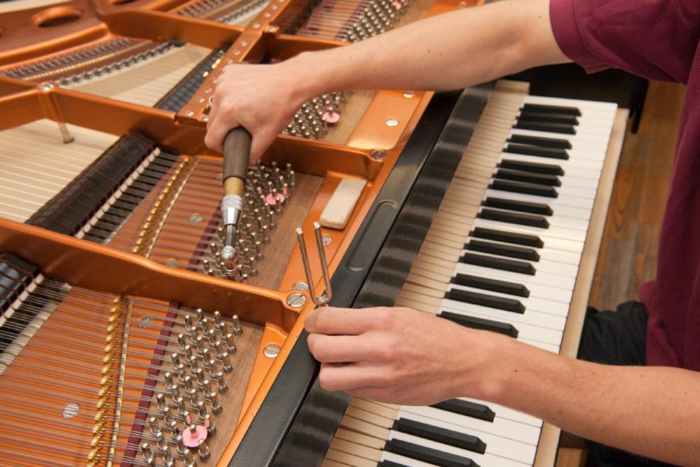 תיקון פסנתר