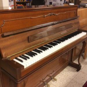 פסנתר למכירה ED. SEILER