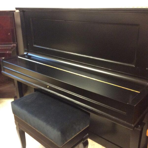 פסנתר למכירה Steinway & Sons