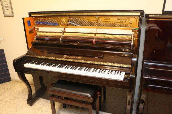 פסנתר למכירה Friedrich